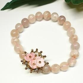 桜瑪瑙とクイーンコンクシェルのお花のブレスレット