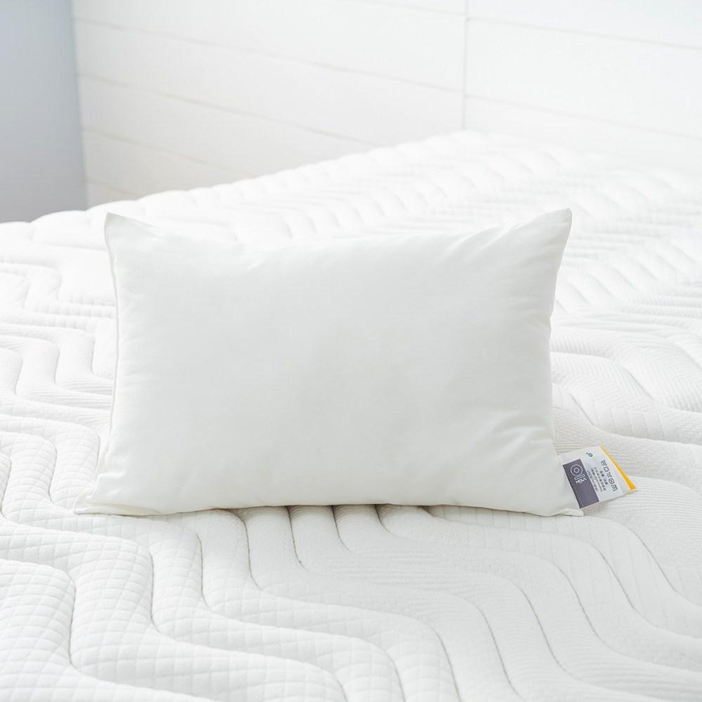 HOLA 記憶紗防螨抗菌小童枕