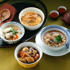 [東京・日本橋 古樹軒]ふかひれ入り中華丼の具 4種詰合せ 中華惣菜