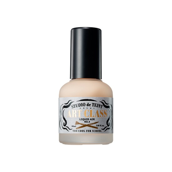 商品特色:NO.2 ivory 象牙白 適合偏白膚色。NO.4 sand 小麥色 適合小麥膚色。3秒定妝有了它不怕妝跟你說掰掰!!遮瑕/控油/輕薄/清爽/持久/服貼粉質細膩,用手即可推開,妝感輕薄不黏