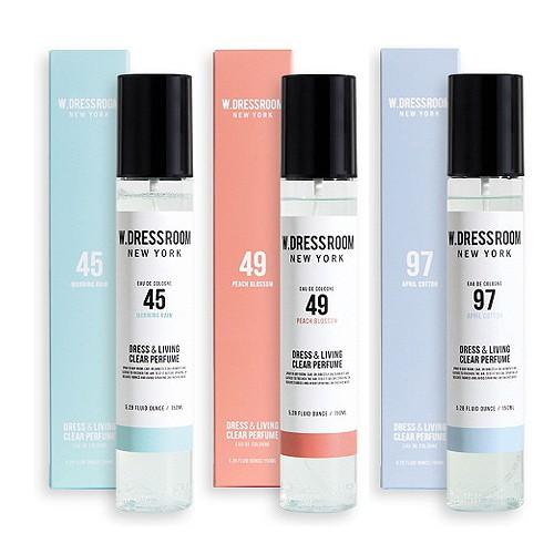【商品特色】產品說明:韓國知名設計師崔范錫品牌w-dressroom香氛系列商品 可噴灑於身體、衣物、汽車內、辦公室、沙發、床上、洗手間等任何有異味的空間或物品上。保存期限:2021.03 起進貨來源