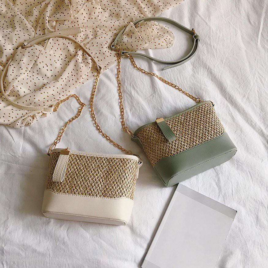產品規格:產品編號:TY - 7997 面料:pu 錶帶根號:單款式:韓式 硬度:中號顏色:白色,綠色,黑色,棕色尺寸:220 * 85 * 160mm 包裝:1個女士包備註:1.由於不同顯示器之間的