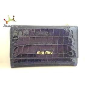 ミュウミュウ miumiu 3つ折り財布 - ブルー 型押し加工 エナメル(レザー) 新着 20191001