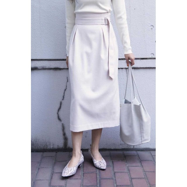 【公式/フリーズマート】コクーンタックナロースカート/女性/スカート/オフホワイト/サイズ:FR/(表生地)ポリエステル 69% レーヨン 30% ポリウレタン 1%(裏生地)ポリエステル 100%