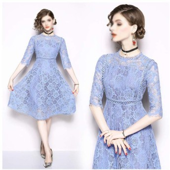 透かし彫りスリムレースドレス