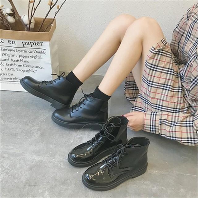 マチンブーツ ショートブーツ レディース ブーツ 黒 厚底 ミリタリーブーツ レースアップ 編み上げ レディース ワークブーツ フェイクレザー 靴