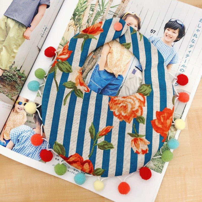嬰幼兒 圍兜兜 六重紗 復古 花朵 可愛繽紛毛球 條紋點點