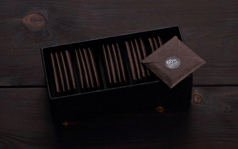 65%經典巧克力薄片 【黑方巧克力】