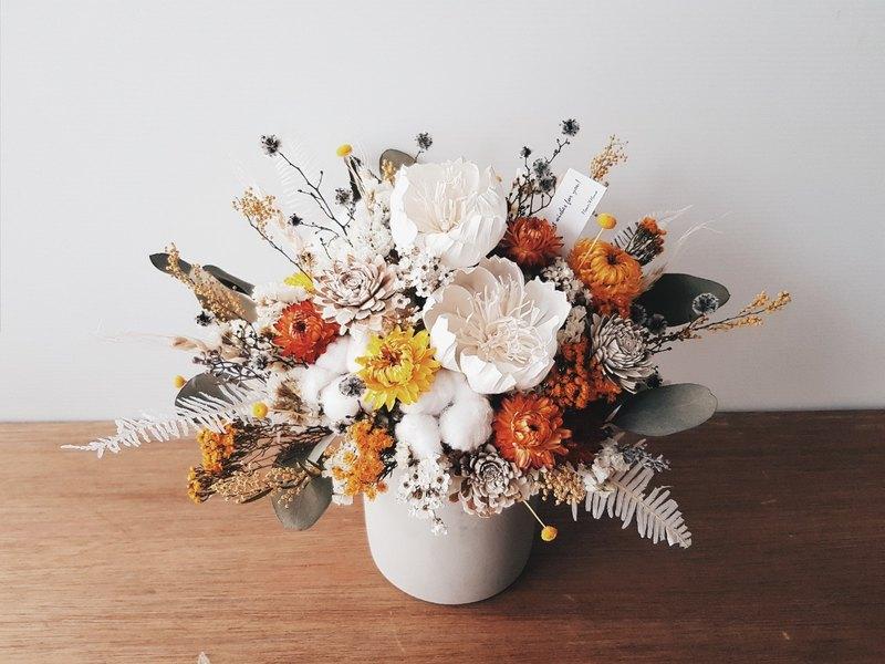 白黃橘色系乾燥水泥盆花│萬用祝賀花禮│居家裝飾│