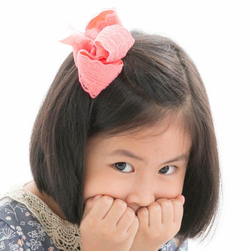 Cutie Bella 蕾絲蝴蝶結全包布 手工髮飾髮夾Lace Bow-Coral