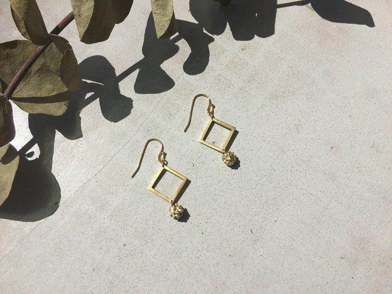 小小植物園 球花耳環