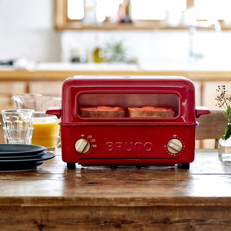 ●2in1 烤箱xBBQ ●上掀1秒進入燒烤模式 ●上掀大開口,夾取翻烤食材不燙手 ●可調加熱方向:上、下、上下火全開 ●烤架烤盤自由配 ●易清潔保養