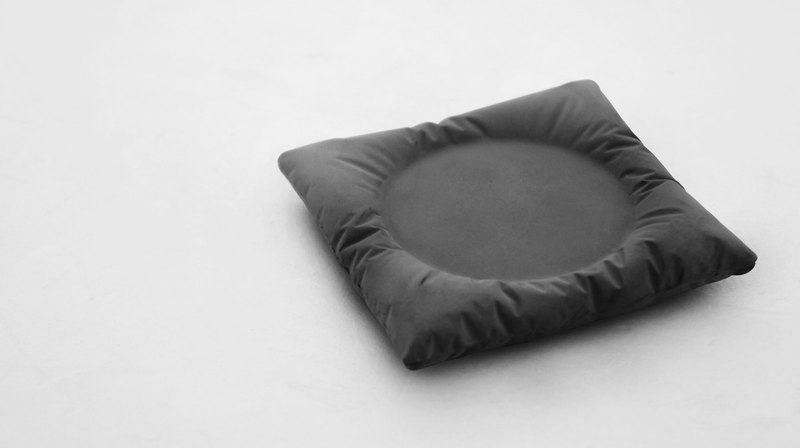 KALKI'D 親水泥-安枕系列-杯墊(黑)