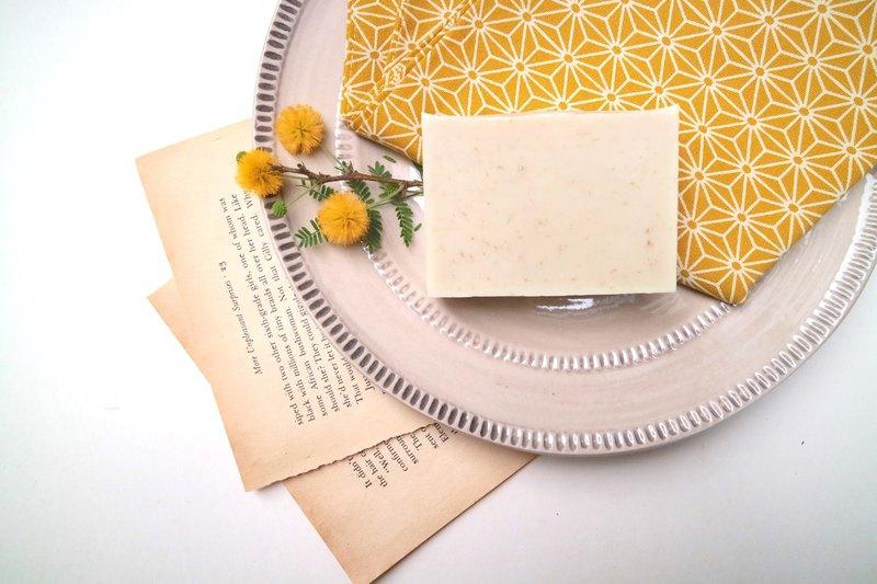 燕麥去角質皂【珍奧絲汀】-添加苦楝油修護,全膚質適用