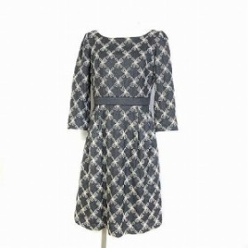 【中古】トッカ TOCCA ワンピース ドレス ウール 刺繍 ひざ丈 フレア 七分袖 グレー 2 レディース