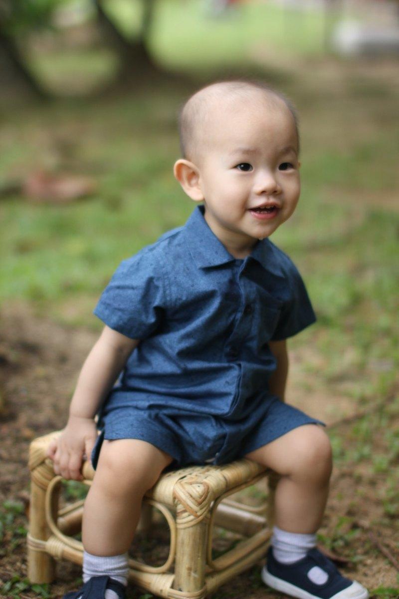 日式男嬰藍色連身衣