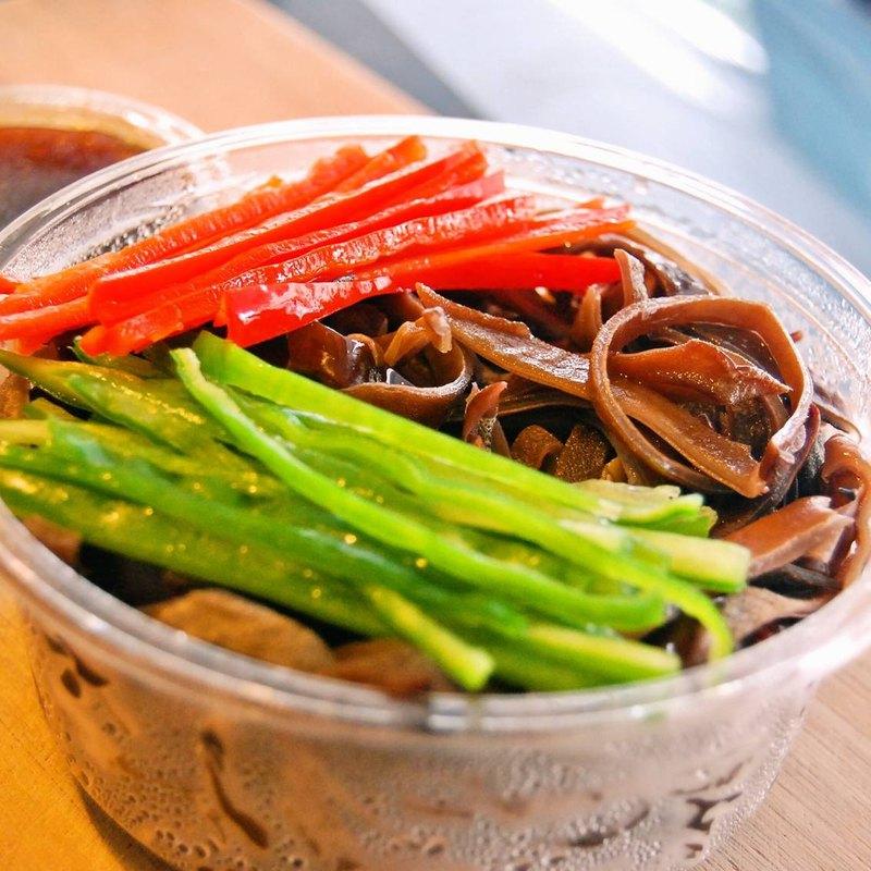 黑木耳涼拌菜 x 涼拌核桃黑木耳│清爽開胃、輕食沙拉