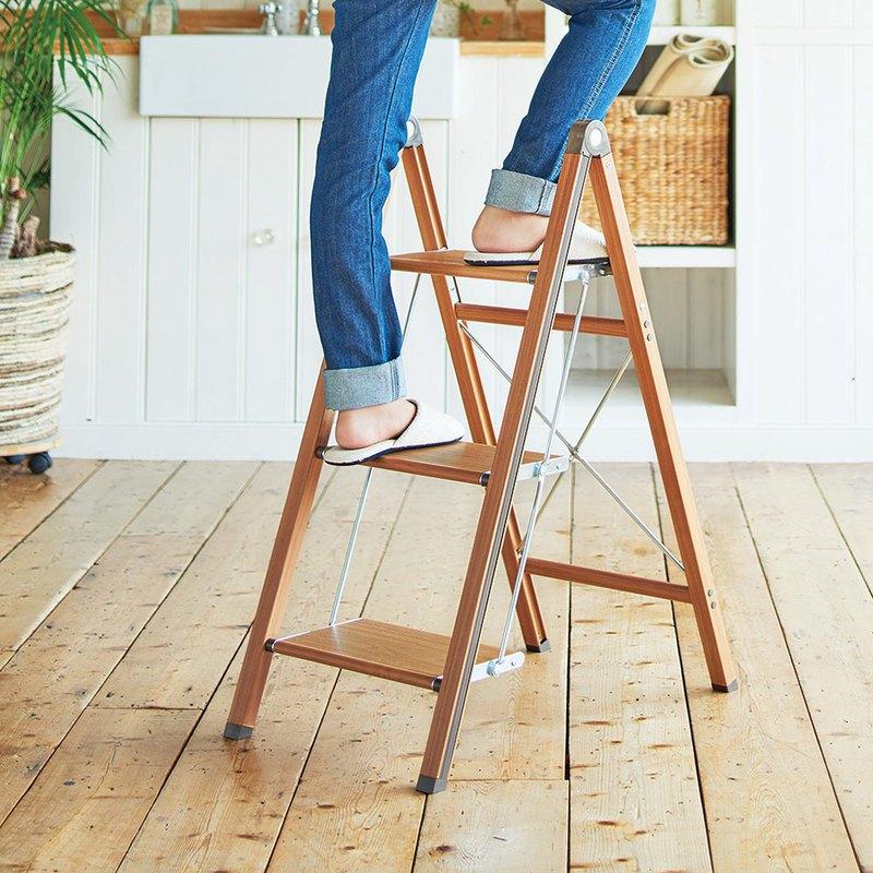 日本天馬 木紋家用便攜式鋁合金三層折疊梯-棕色