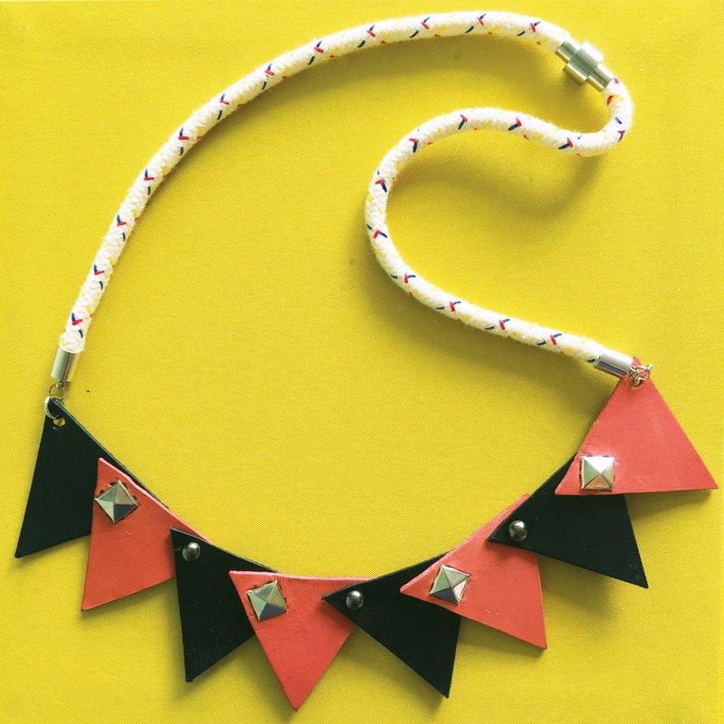 幾何配色皮革頸鏈