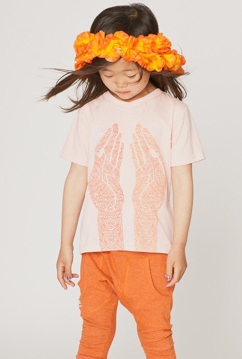 【北歐童裝】瑞典有機棉兒童透氣短袖上衣1歲至12歲粉橘設計印花