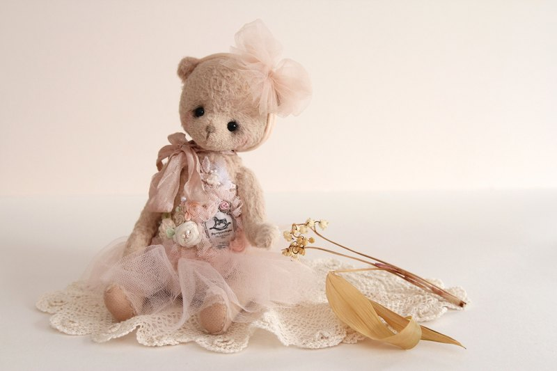 泰迪熊 泰迪熊頭飾  手作熊頭飾 公仔頭飾 娃娃小飾物