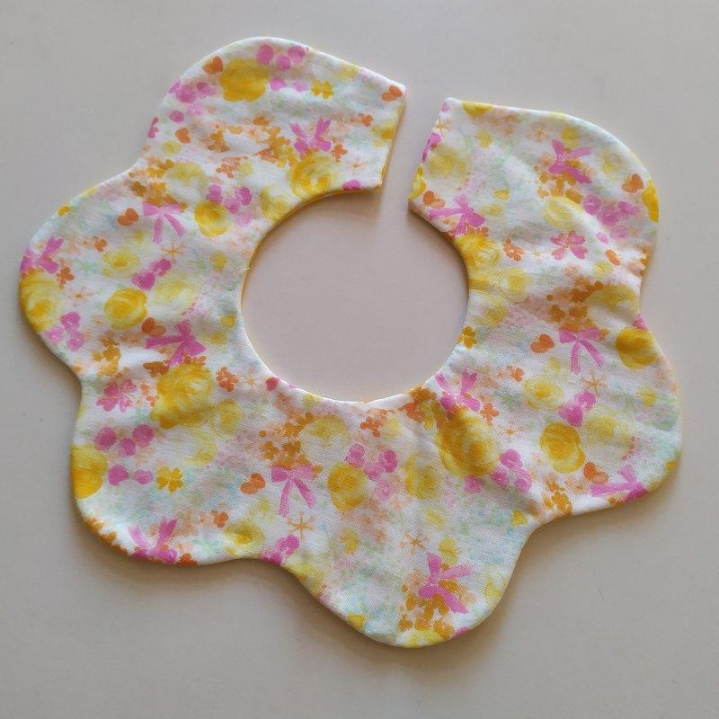 轉轉花兜 日本棉紗布 小花兒 360度花瓣圍兜  嬰兒圍兜