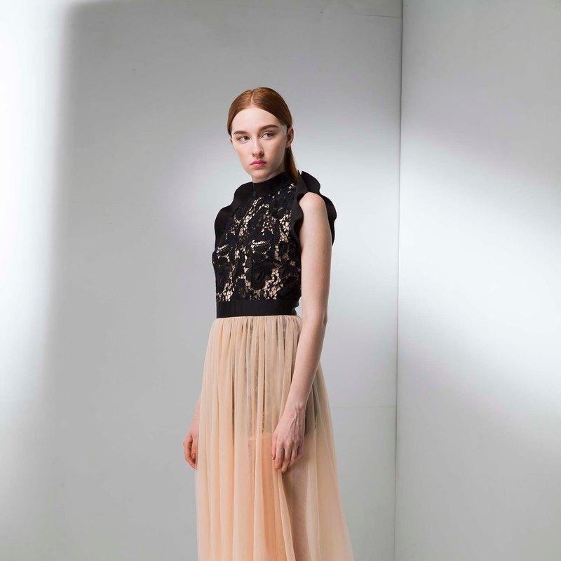 蕾絲鏤空優雅飄逸雪紗禮服