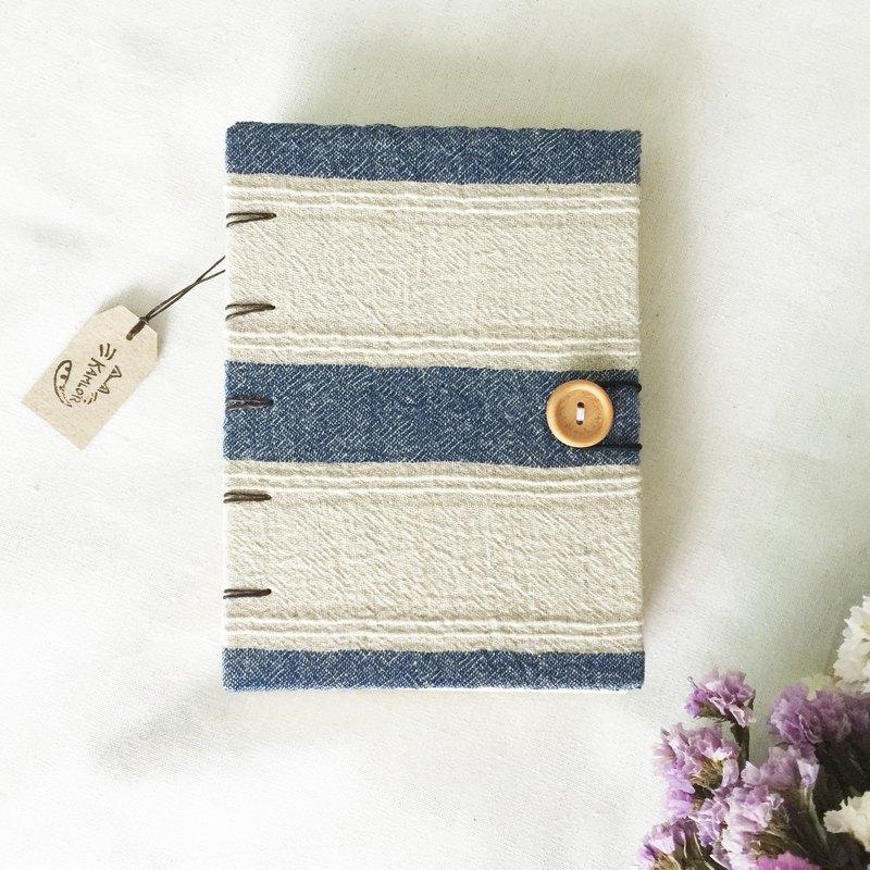 書的封面筆記本筆記本筆記本書手工製作手工製作的日記。