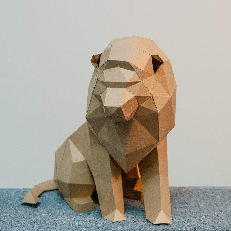 DIY手作3D紙模型擺飾 小動物系列 -萬獸之王獅子 (4色可選)