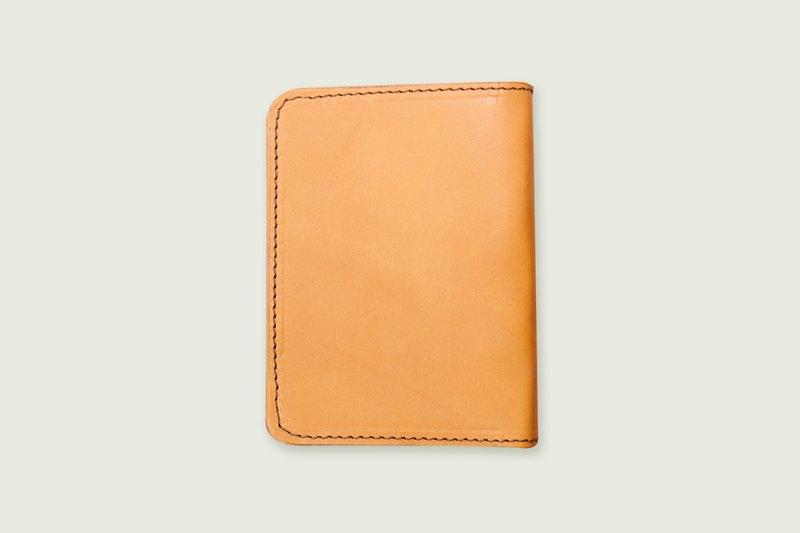 Dreamstation皮革鞄研所,歐洲植鞣革手工製作真皮護照夾,護照本,全手工皮革!出清價