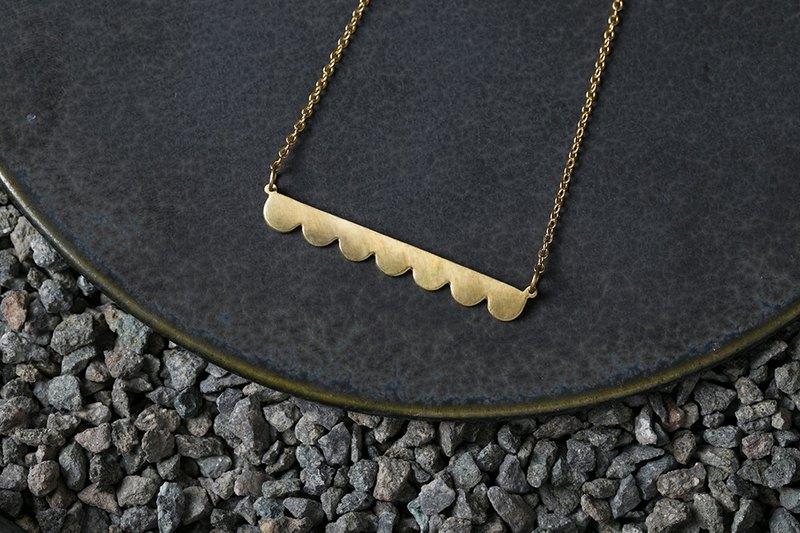 Misstache N.7 鬍子小姐 7號 黃銅項鍊 Brass Necklace