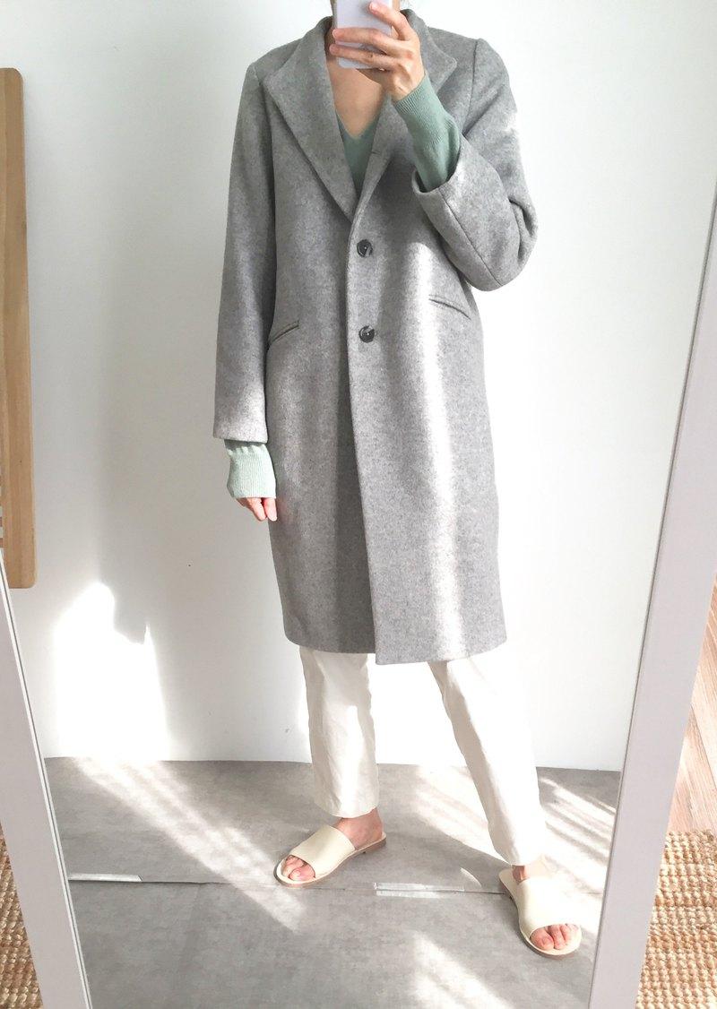Jil Coat 灰色喀什米爾羊毛 中長版立領排扣大衣 可訂作顏色