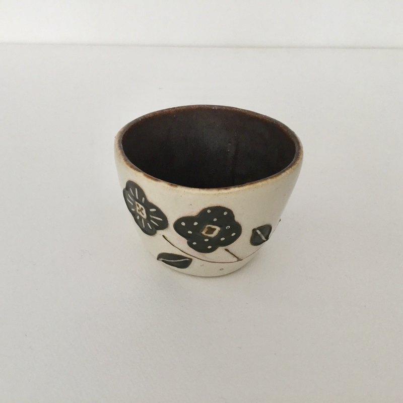 杯花(白色茶)