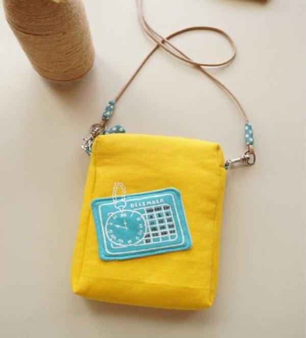 手繪時光戳印護照包/手機包(檸檬黃)配布依現在布品更改