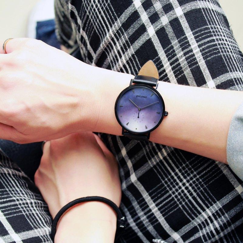 【PICONO】A week 系列 渲染簡約黑色真皮錶帶手錶 / AW-7606