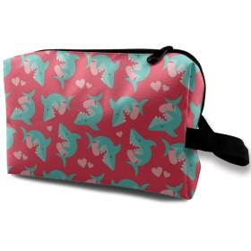 サメ ハート ピンク 化粧品袋 トラベルコスメティックバッグ 防水 大容量 荷物タグ付き 旅行収納ポーチ アレンジケース パッキングオーガナイザー 出張 旅行 衣類収納袋 スーツケース整理 インナーバッグ メッシュポーチ 収納ポーチ
