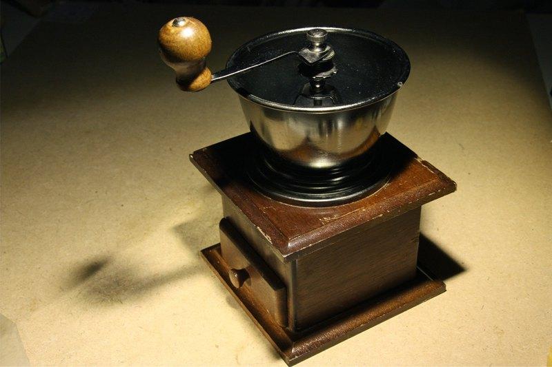 歐洲購入 深色桃花心木老件 咖啡 手搖磨豆機