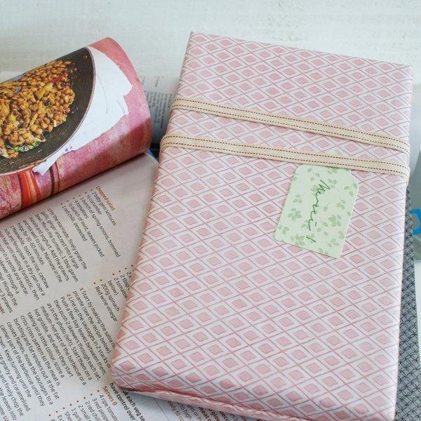 菱格紋包裝紙-粉紅 (15公克薄綿紙)