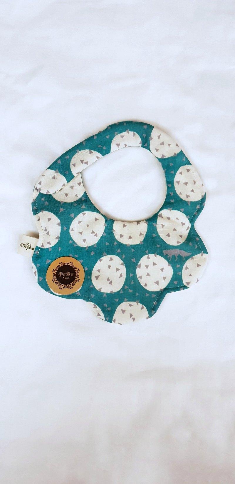 古家悅子設計師布-綠-八層紗100%cotton隨性圓弧造型圍兜.口水巾