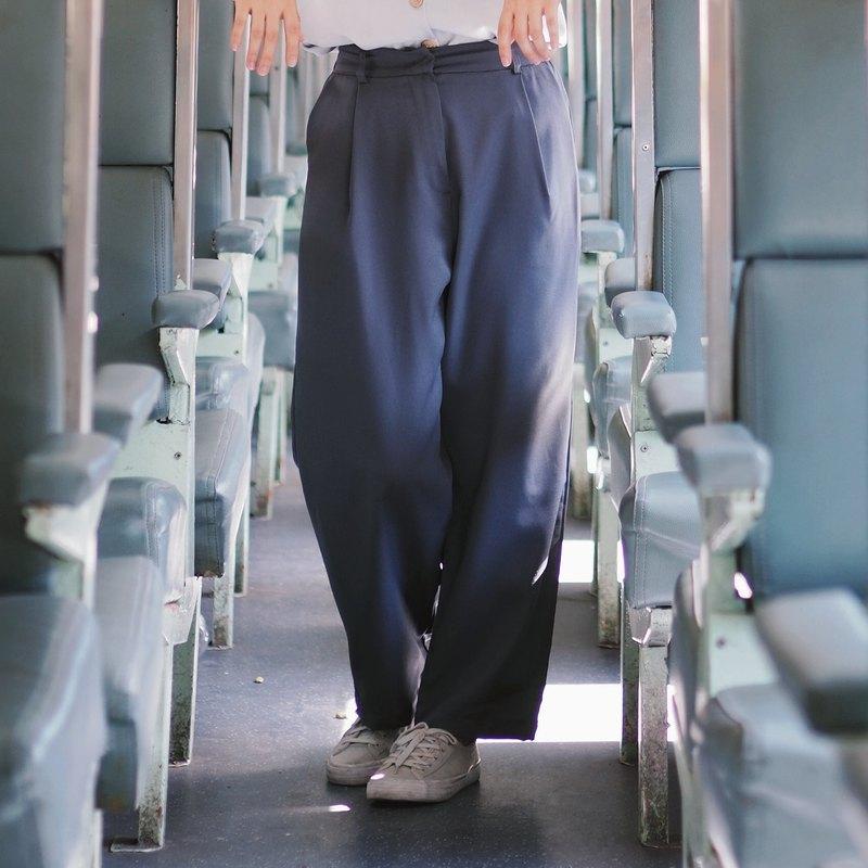 【淡季特賣】-基本款寬鬆復古長褲:藏青色