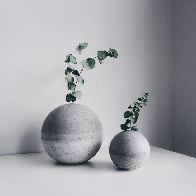 PLANET 小星球│球型水泥花器・紙鎮・書擋・線香座 (附植物)