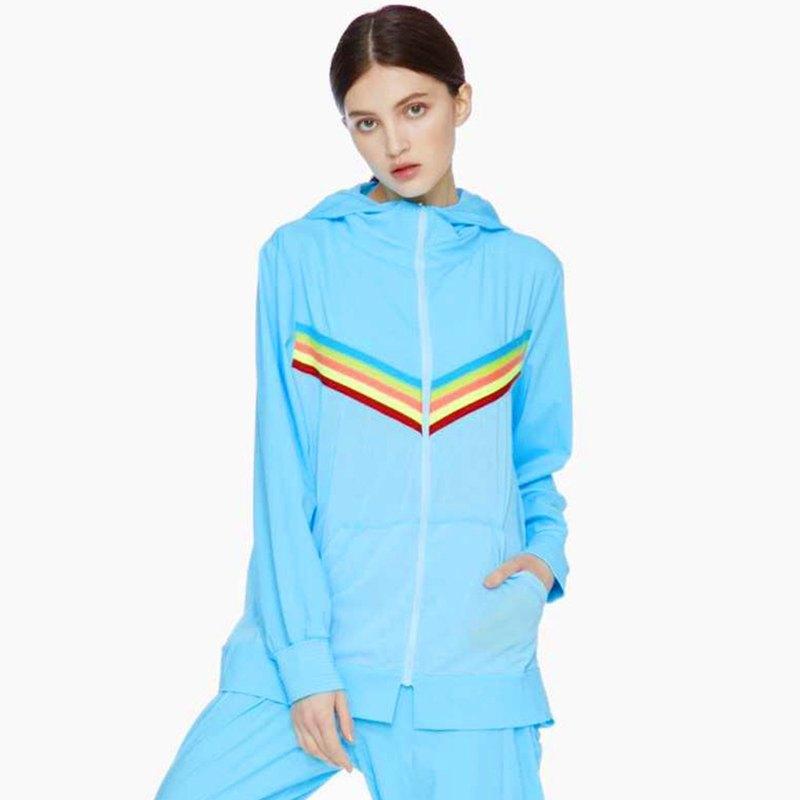【HOII后益】防曬彩虹線條透氣連帽T-藍