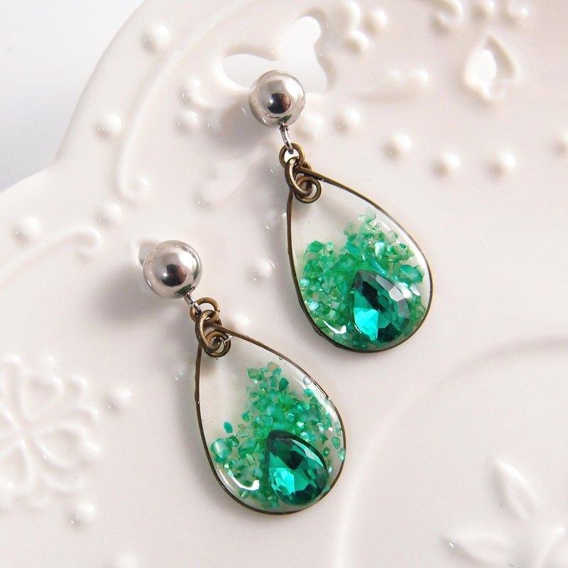 綠色水滴。夾式耳環   針式耳環