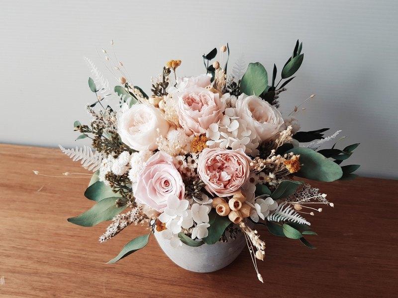 粉色系不凋花+乾燥花水泥盆花│萬用祝賀花禮│居家裝飾