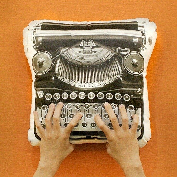 復古打字機抱枕