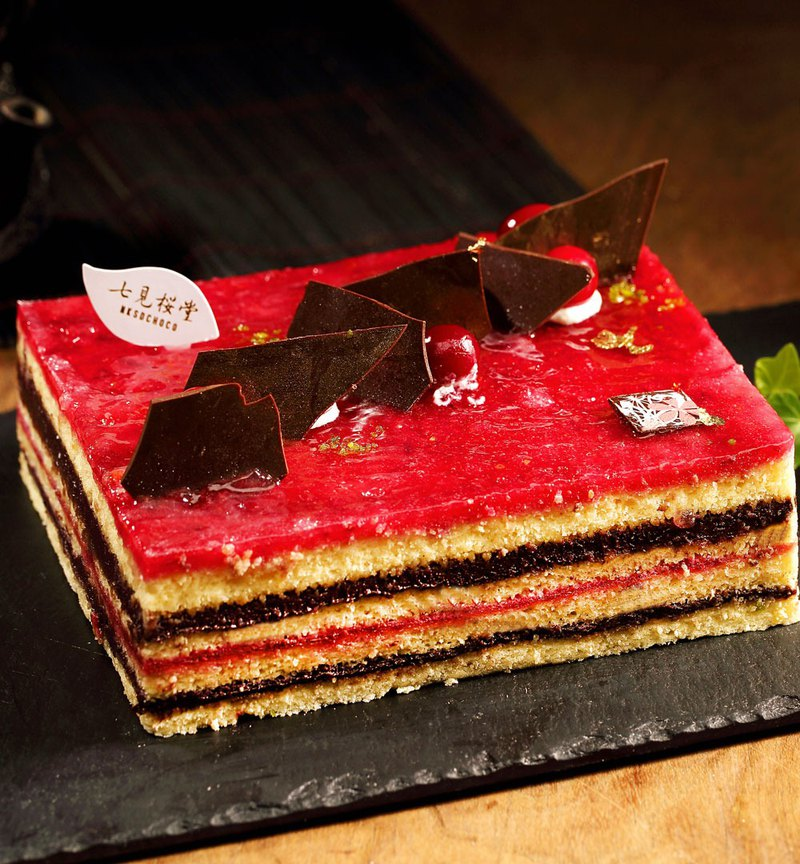 【七見櫻堂】八重京緋 蔓越莓黑醋栗黑巧蛋糕