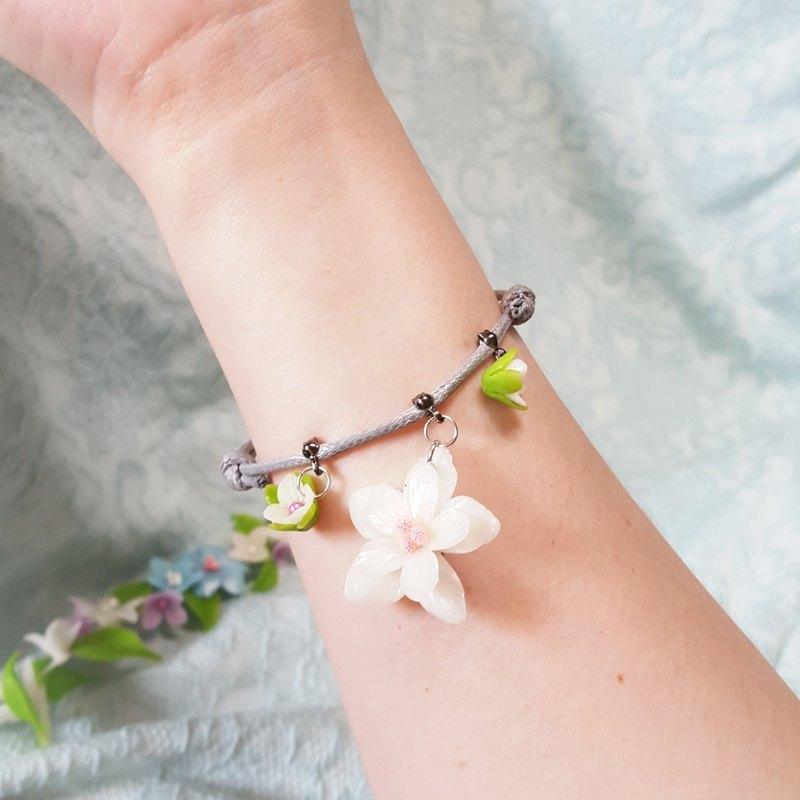 春日花朵造型灰色蠟繩手鍊