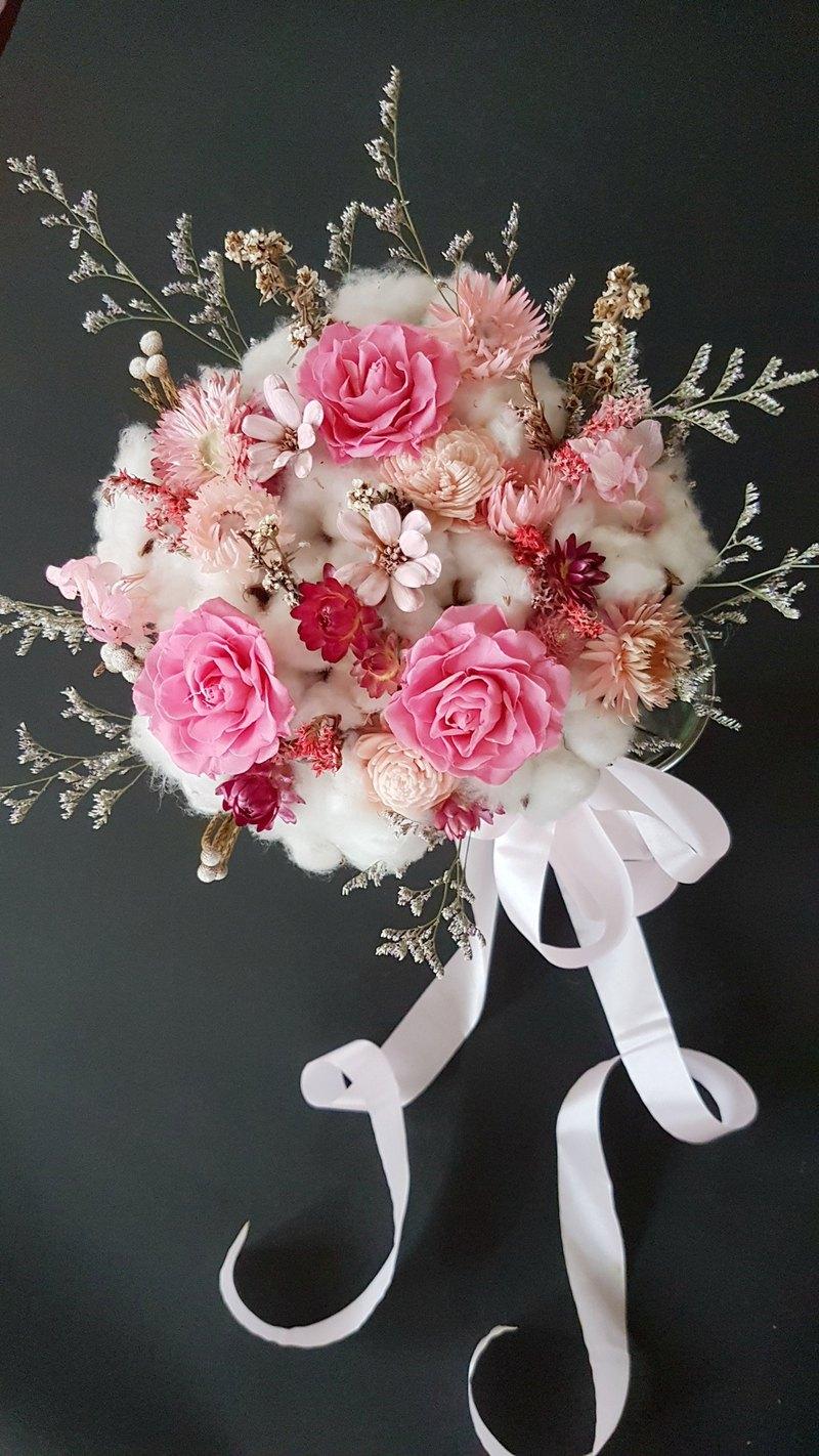海藏設計│冰晶芙蓉。粉玫瑰永生乾燥捧花