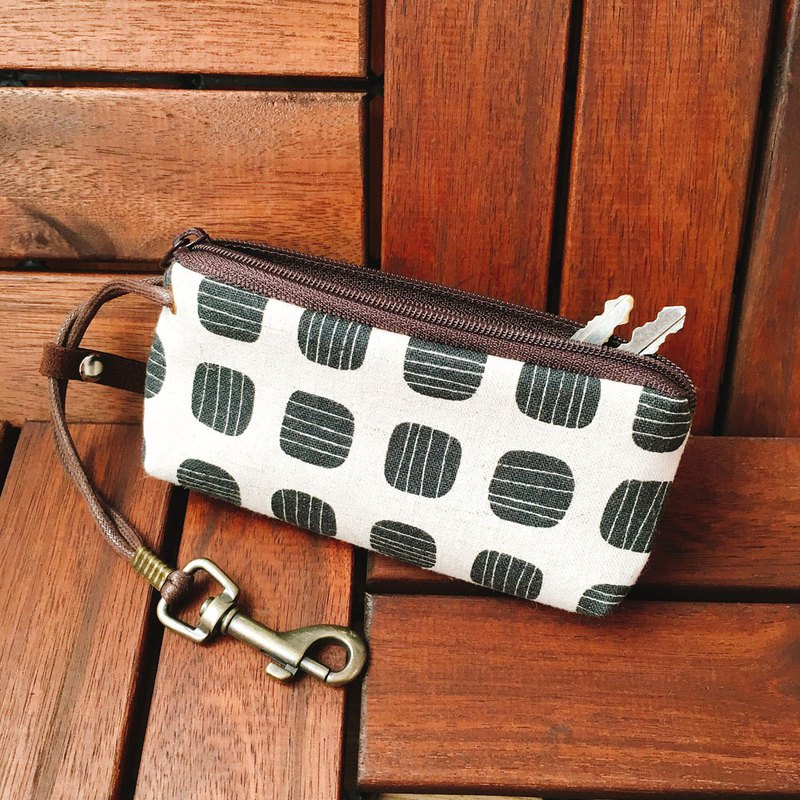 拉鍊鑰匙包 (黑豆) 日本布 接單生產*