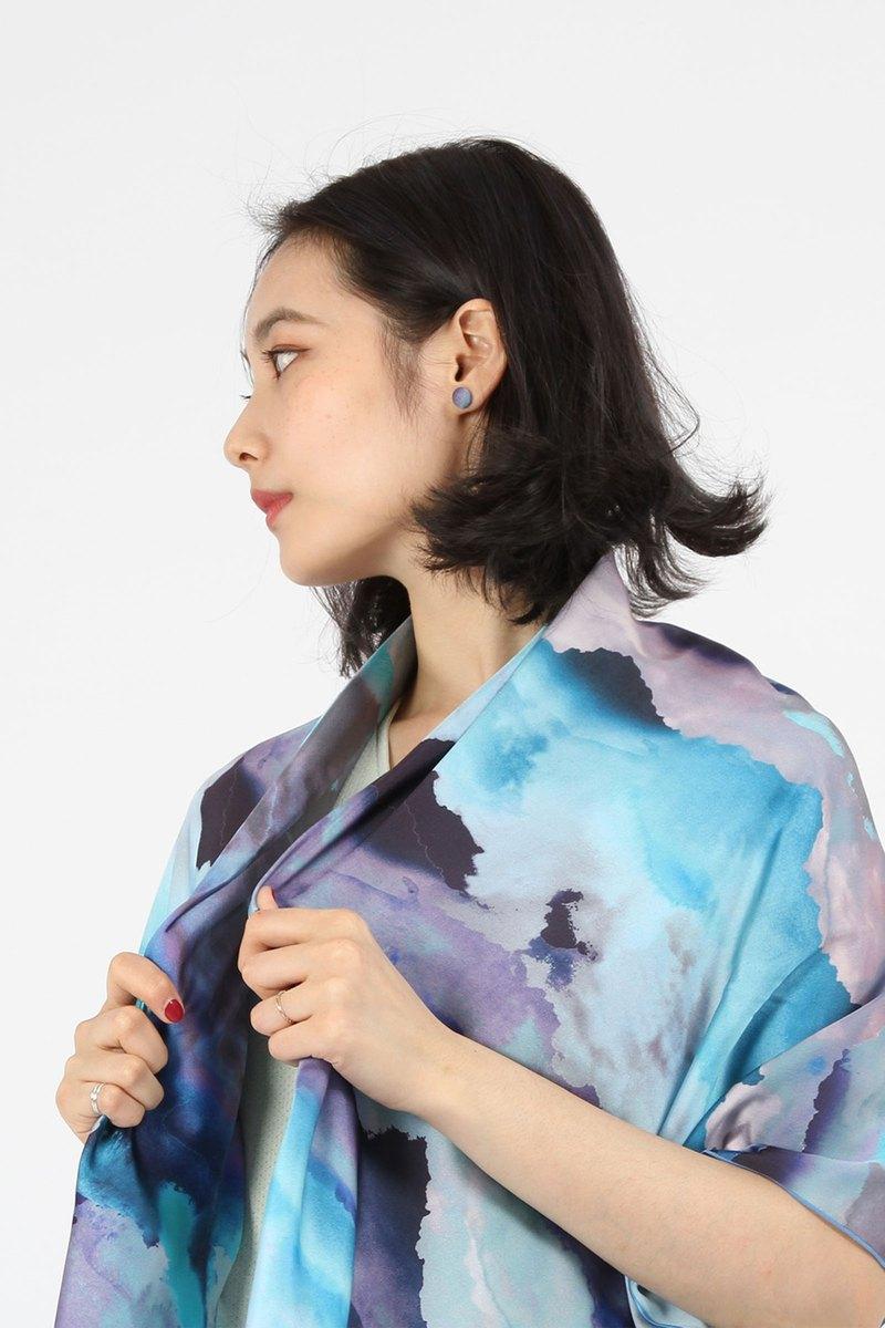 緞面柔軟數位印花方巾-雲彩